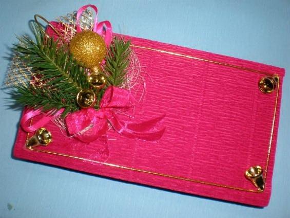 Упаковка подарков своими руками гофрированной бумагой 11