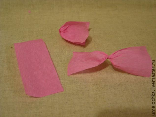 Как сделать цветы из крепированной бумаги своими руками поэтапно фото