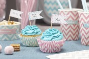 GINGER-RAY-CHEVRON-PARTY-CUPCAKE-CASES-AND-PICKS