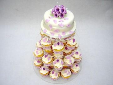 lilac-roses-and-petals