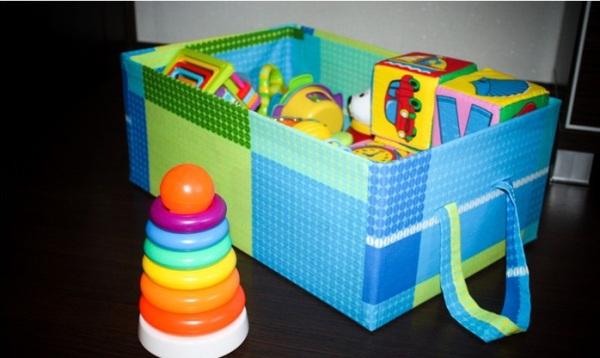 Как сделать ящик для игрушек из коробки