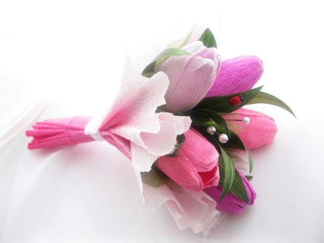 Как сделать букет тюльпанов из конфет и гофрированной бумаги