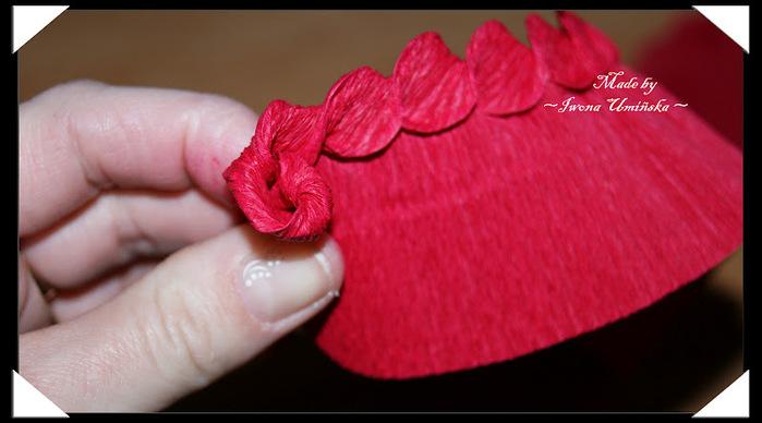 Как делать розу из гофрированной бумаги своими руками