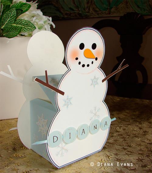 Большой снеговик из бумаги своими руками