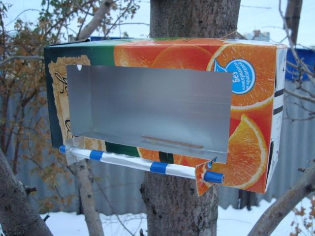 Как сделать из пачки молока кормушку - Luboil.ru