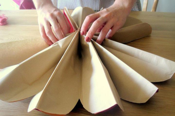 Как сделать шар из бумаги своими руками из гофрированной бумаги